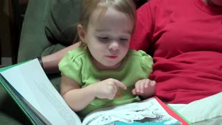 2-year-old's animated reading of Dr. Seuss book - Video