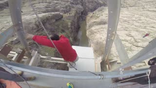Iran's highest bridge bungee jump - Video