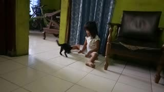 Kitten play with little girl - what happen next will shock you