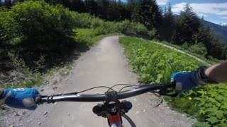 Whistler Moutain Bike Park - Crank It Up - 30-05-16 - Video