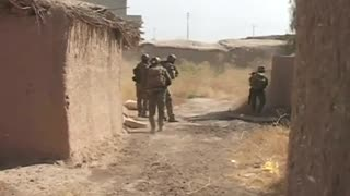 Kurds push back Islamic State in Iraq - Video