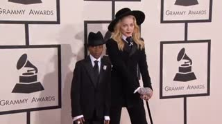 Lohan reportedly hospitalized; Madonna's suspected hacker arrested - Video