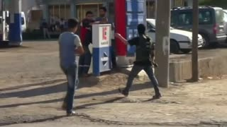 Six killed in separate clashes between PKK militants and Turkish armed forces - Video