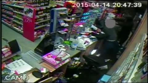 Shopkeeper fights off knife-wielding robber