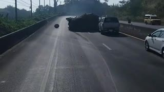 Overloaded Truck Fail - Video