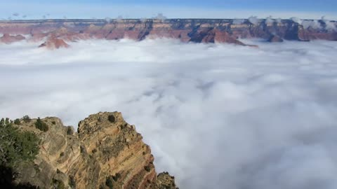 Grand Canyon turns into sea of clouds
