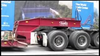 Big rigs in the big city - Video