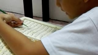 Rayyan Reading Al-Qur'an 6 Years 6 Month - Video