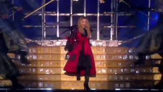 Madonna kicks off Rebel Heart tour in Canada - Video