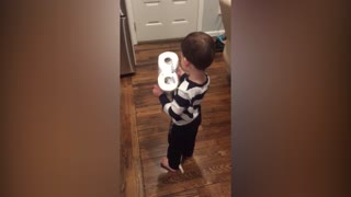 Little Boy Loves His Unusual Present - Video