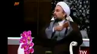 Akhond is speaking against Hijab on Live TV - Iran - Video