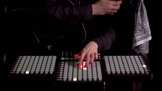Avicii - Wake Me Up (ONE HANDED GUITAR / LAUNCHPAD) - Video