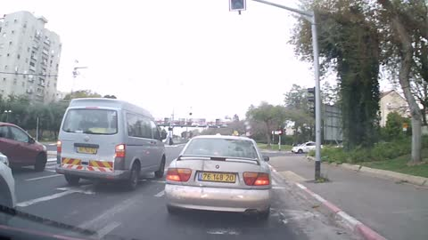 Cyclist has insanely close call with turning vehicle