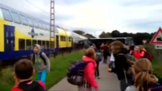 Train ploughs into evacuated school bus: video - Video