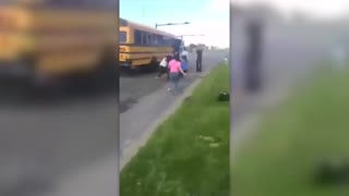 Ratchet Family Hijacks Bus And Starts Fight - Video