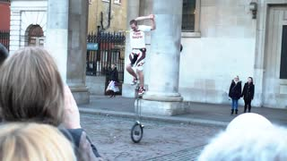 Mad street artist ! Must watch ! - Video