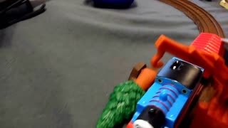 Thomas and friends exploring the city  - Video