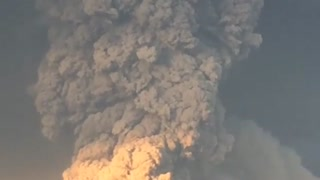 Amazing Volcano eruption footage in Chile