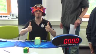 World Record: Solving a Rubik's Cube blindfolded