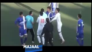 shouting at referee by Siavash Akbarpour - Video
