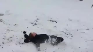 Snowboard flip while drunk - Video