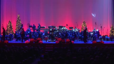 United States Navy Band magnificently performs 'White Christmas'
