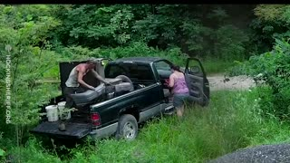 Couple Caught Dumping Trash In Wildlife Preserve - Video