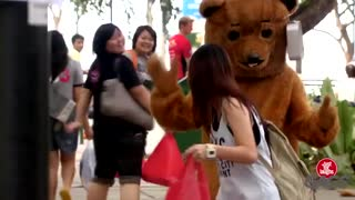 A Proper Bear Scare Prank - Video