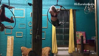 Music gymastics girl in hoop falls and hits neck - Video