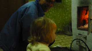 Vika uncle, drowning the Russian stove - Video