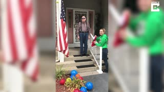 Color Blind Veteran Sees US Flag Colors For The First Time - Video