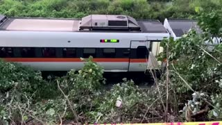 Dozens killed in Taiwan's train derailment