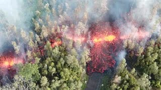 This Drone Footage Showing Lava Flowing From Crack In The Earth Convinced Neighbors To Evacuate  - Video