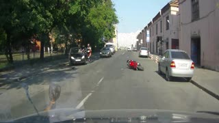 inadequate motorcyclist - Video