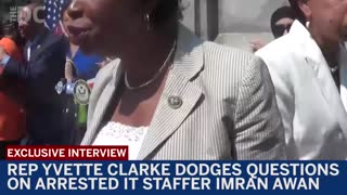 Democrat dodges questions on arrested IT staffer Imran Awan - Video