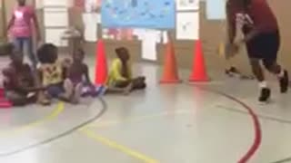 Tyrell tries to dunk over 7 kids - Video