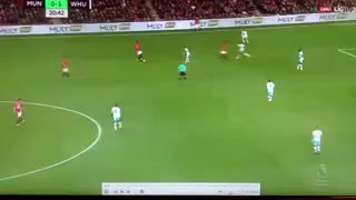 Goooal!! Zlatan Ibrahimovic goal vs West Ham - Video