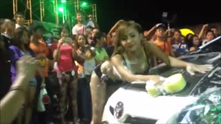 Beautiful irls cool car wash Coyote Motor Show - Video