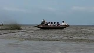 Thailand Boats Run Without water - Video