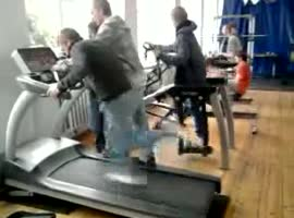 Guy in the gym - Video