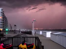 Apocalyptic Storm Clouds Spotted - Video