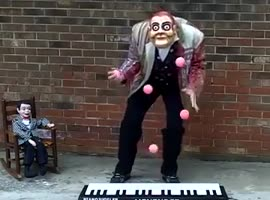 Piano Juggler - Video