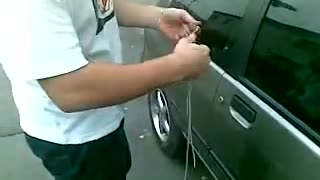 Unlock a Car in 10 Seconds - Video