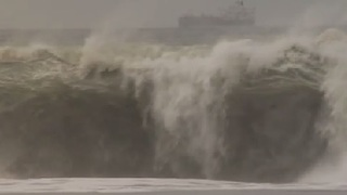 Storm Waves at Playa del Rey Beach - Video