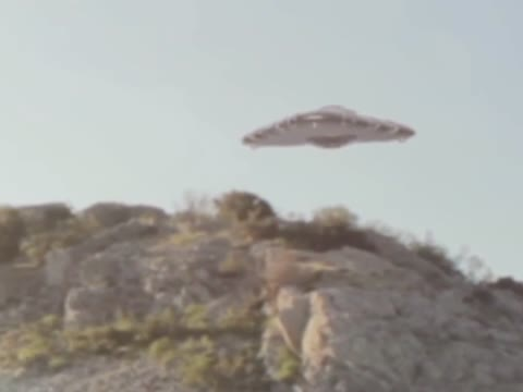 Amazing Close Footage Of A Flying Saucer In Virginia