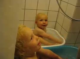 Little Boys Sings We Will Rock You In the Bath Tub - Video