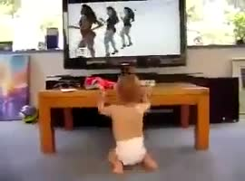 cute baby dancing - Video