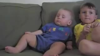Funny Baby Falling Asleep - Video