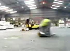freak with forklift - Video