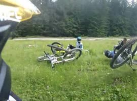 DOWNHILL BIKER TURN FAIL - Video